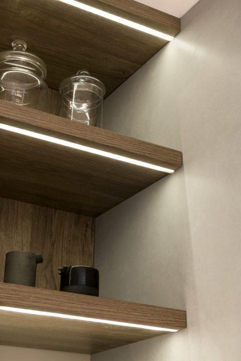 3945-Listello-LED-Embutible-Aluminio-Anodizado-Ambientación-670×1005