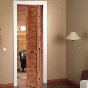 Puerta rebatible